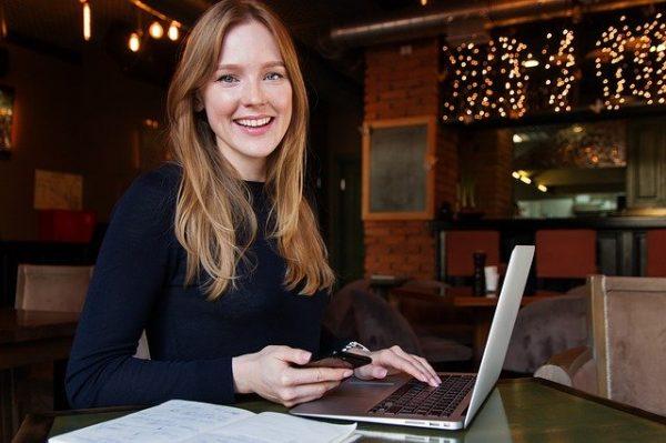 Écrire un livre pour trouver des clients