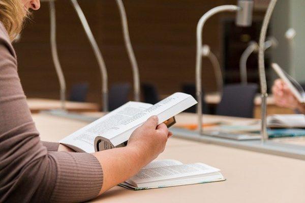 3 conseils de pro pour attirer des clients avec un livre